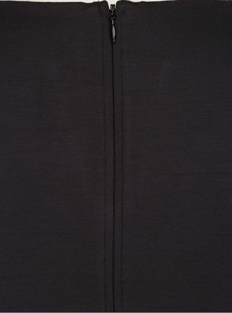 Černé šaty s koženkovými detaily s.Oliver