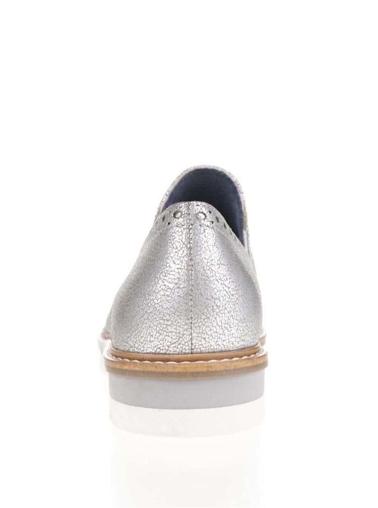Kožené mokasíny ve stříbrné barvě Tamaris