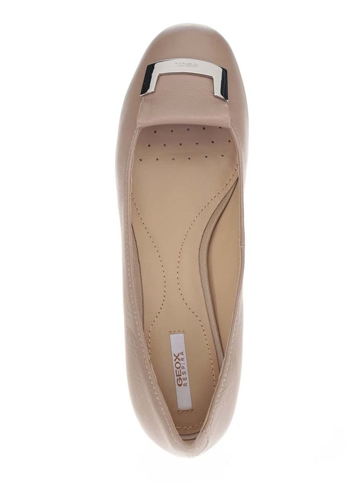 Béžové kožené baleríny na podpatku Geox Carey