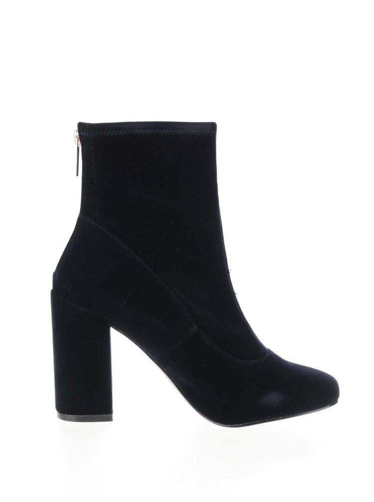 Tmavě modré sametové boty na podpatku Miss Selfridge Alanis