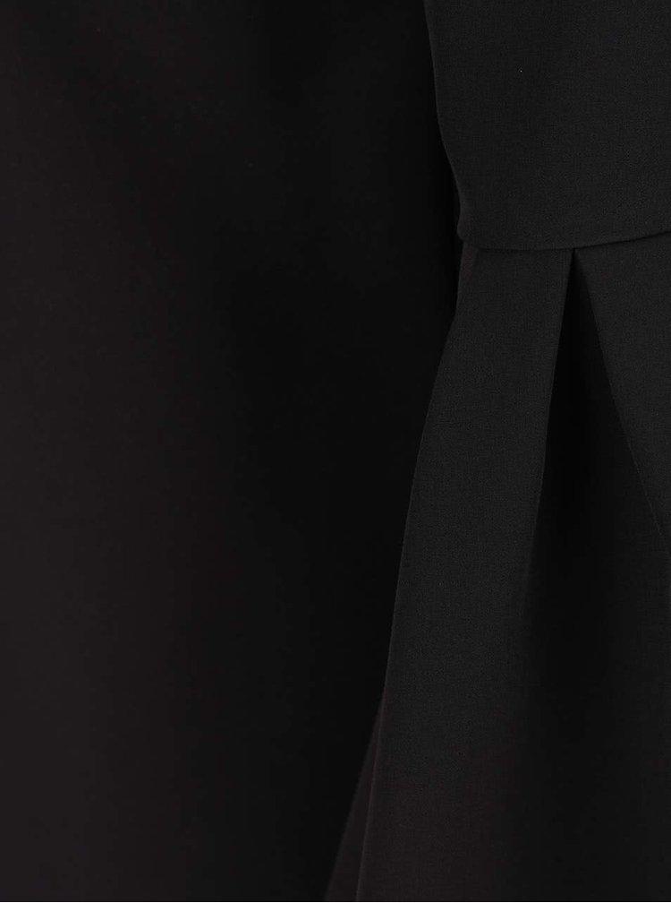 Černé minišaty s véčkovým výstřihem a zvonovými rukávy Miss Selfridge