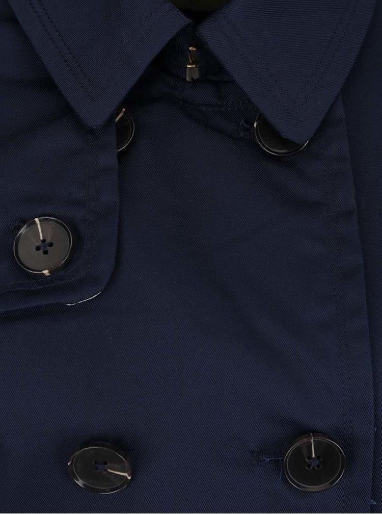 Tmavě modrý trenčkot s páskem a dvouřadým zapínáním VERO MODA Modern