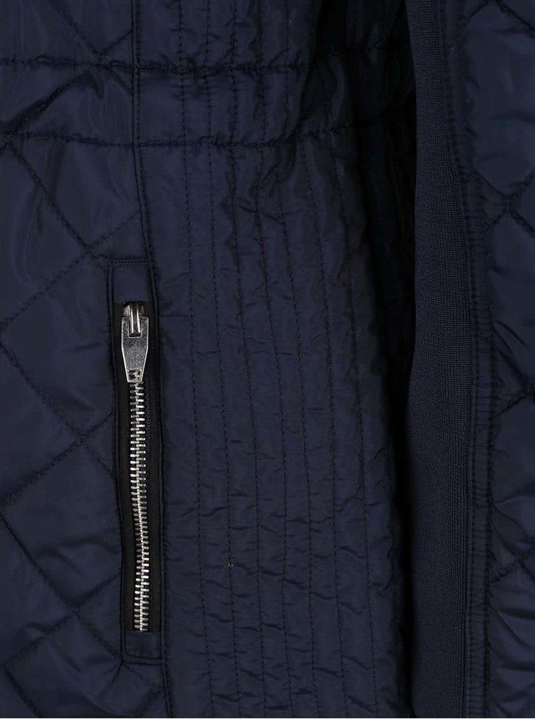 Tmavě modrá prošívaný kabát VERO MODA Yolanda