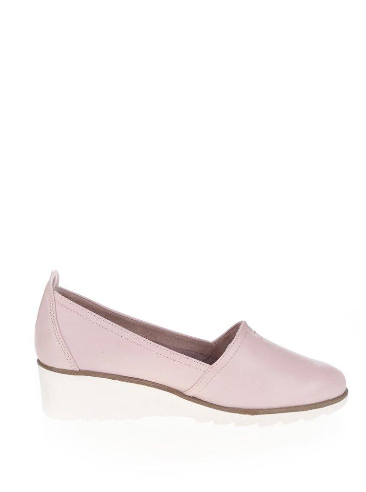 Světle růžové kožené loafers na klínku Tamaris