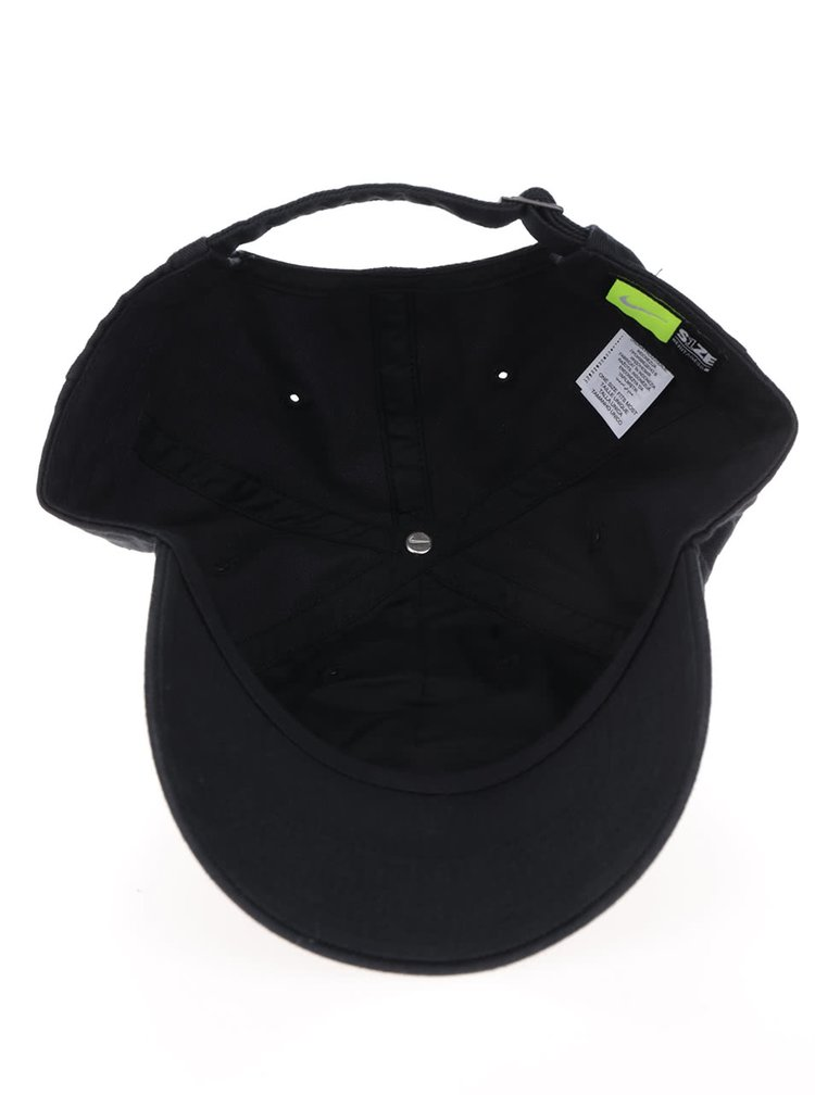 Černá pánská kšiltovka s bílým nápisem Nike
