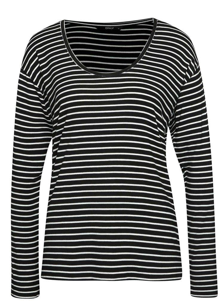 Bílo-černé pruhované tričko ONLY Sannie