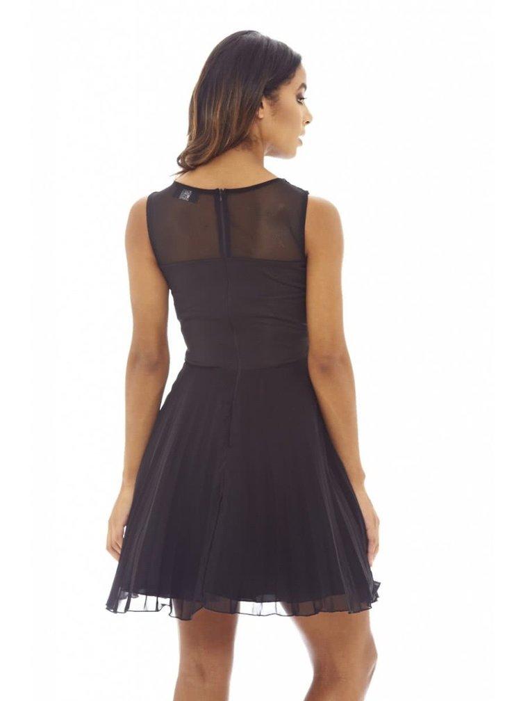 Černé šaty s krajkou a plisovanou sukní AX Paris