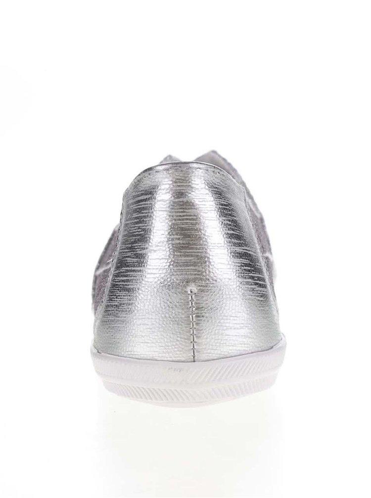 Mokasíny ve stříbrné barvě Tamaris