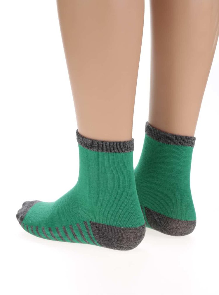 Sada tří párů klučičích ponožek s kaktusy 5.10.15.