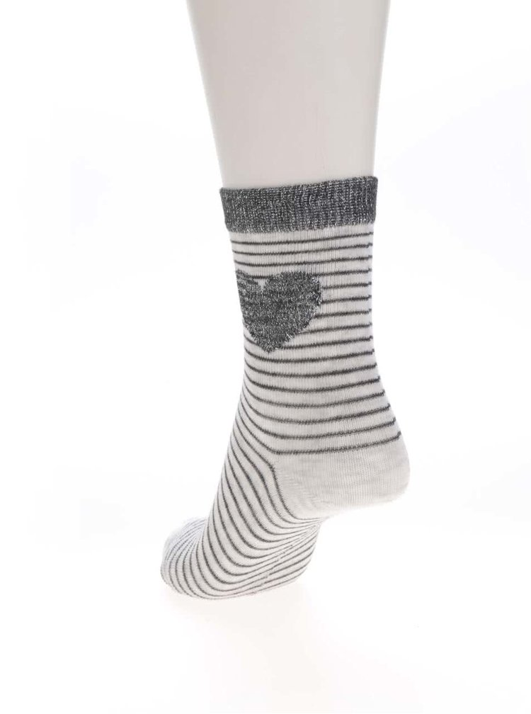 Sada tří párů holčičích ponožek v šedé a černé barvě se srdíčky 5.10.15.