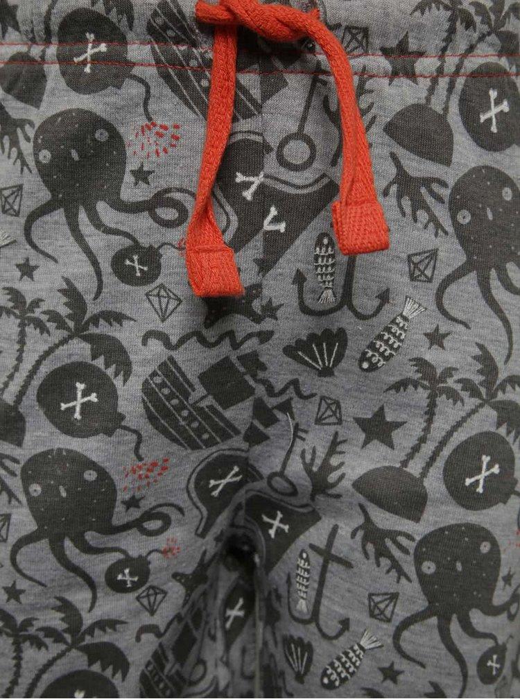 Černo-šedé klučičí pyžamo s motivem piráta 5.10.15.