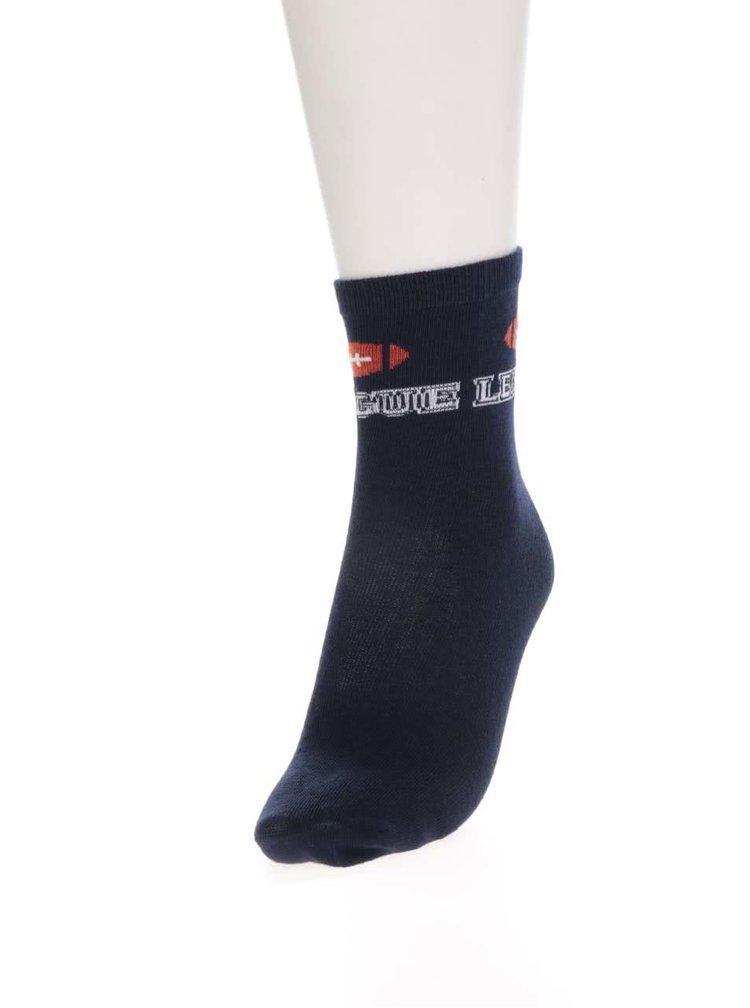Sada tří párů klučičích ponožek v šedé a modré barvě se sportovními motivy 5.10.15.