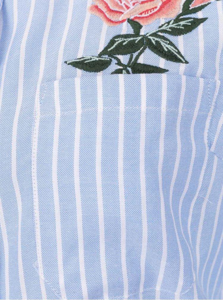 Modro-bílá pruhovaná košile s výšivkou TALLY WEiJL