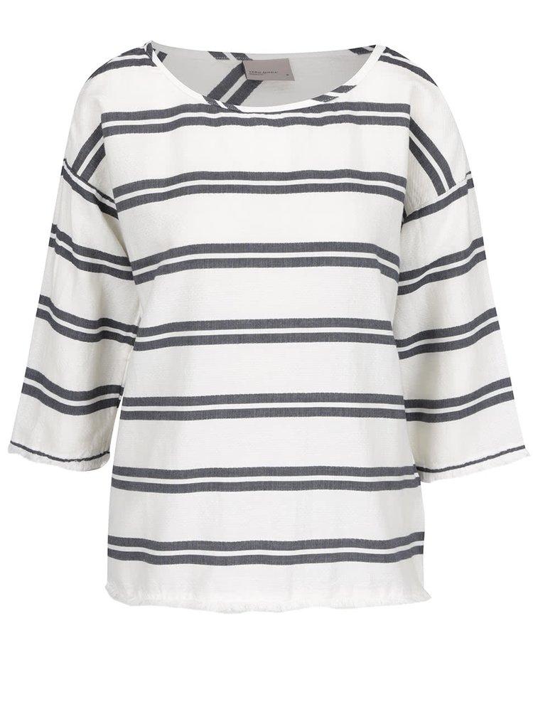 Modro-krémové volné pruhované tričko VERO MODA New Halie