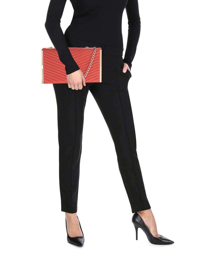 Růžová crossbody kabelka/psaníčko s řetízkem ve zlaté barvě Dorothy Perkins