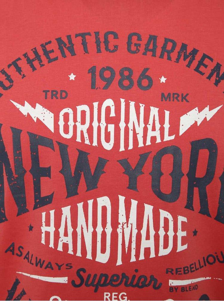 Červené triko s potiskem a krátkým rukávem Blend
