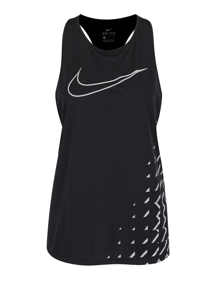 Top negru Nike cu imprimeu