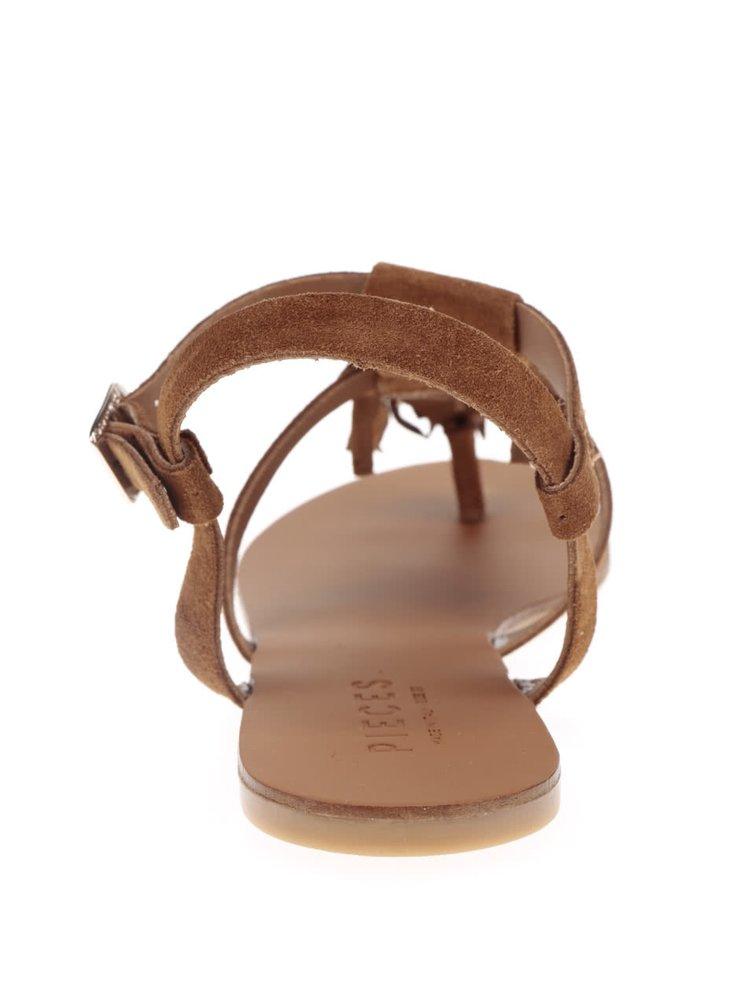 Hnědé semišové sandály s třásněmi Pieces Berta