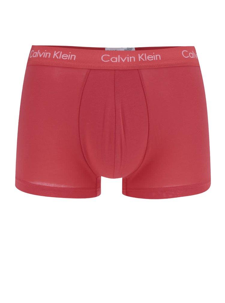 Sada tří boxerek v červené a modré barvě Calvin Klein