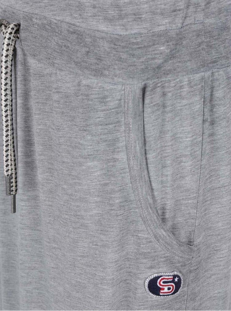 Rochie lunga gri Superdry cu print