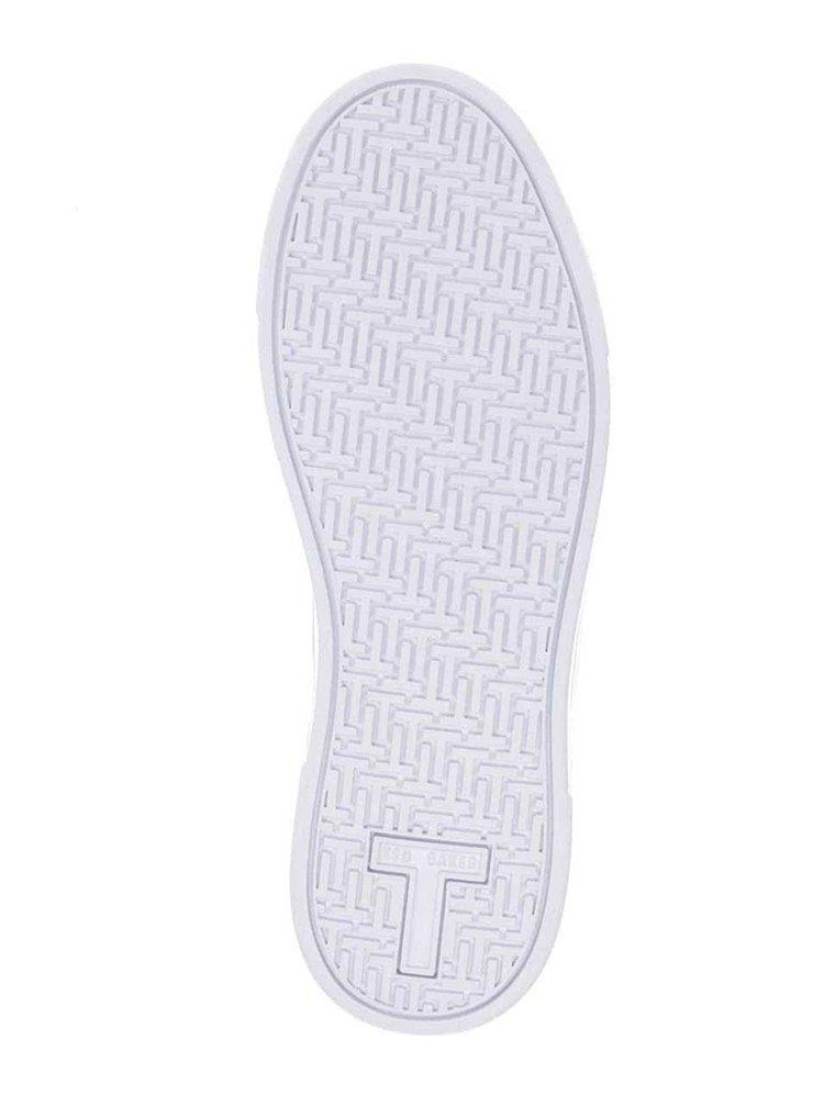 Bílé kožené tenisky se zlatými detaily Ted Baker Kulei