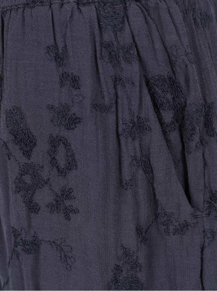 Pantaloni scurți gri închis VILA Jamila cu model floral brodat