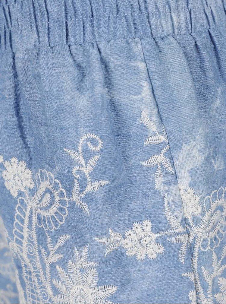 Modré džínové krátké kraťasy s výšivkou Apricot