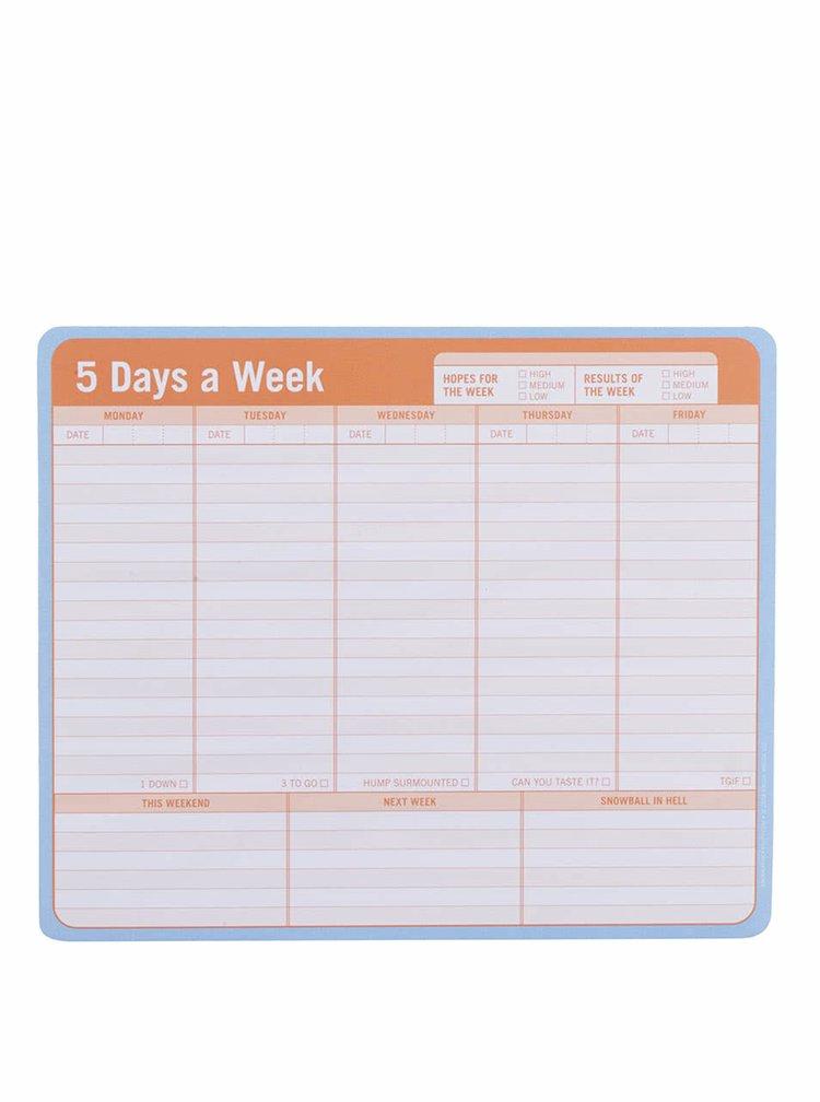 Bílo-oranžový pětidenní plánovací blok jako podložka pod myš Knock Knock