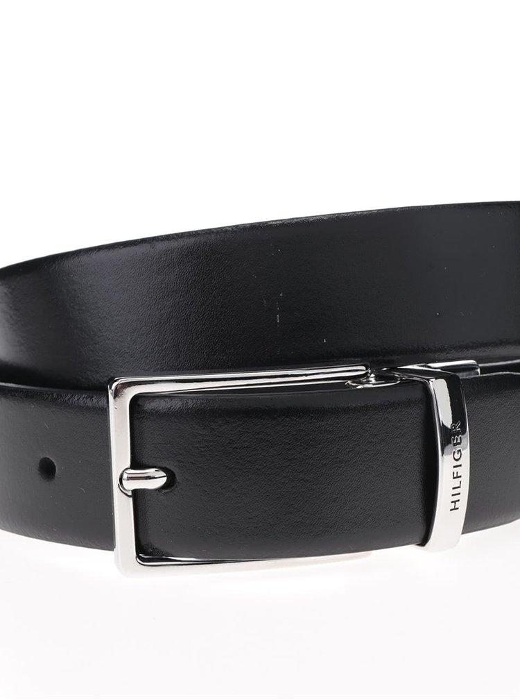 Černý pánský kožený pásek se sponou Tommy Hilfiger