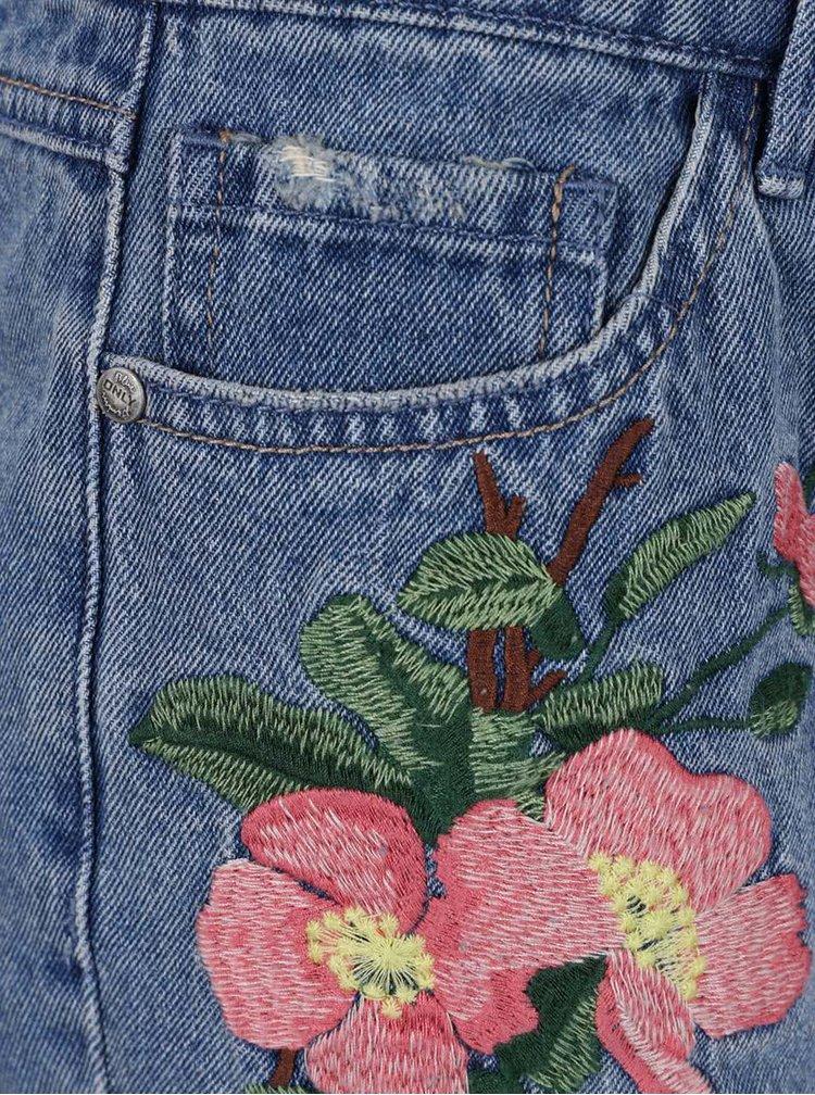 Modré džínové kraťasy s výšivkami ONLY Carmen