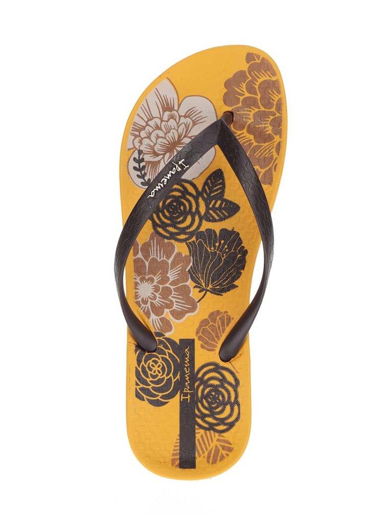 Žluté dámské žabky s květovanou podrážkou Ipanema Temas