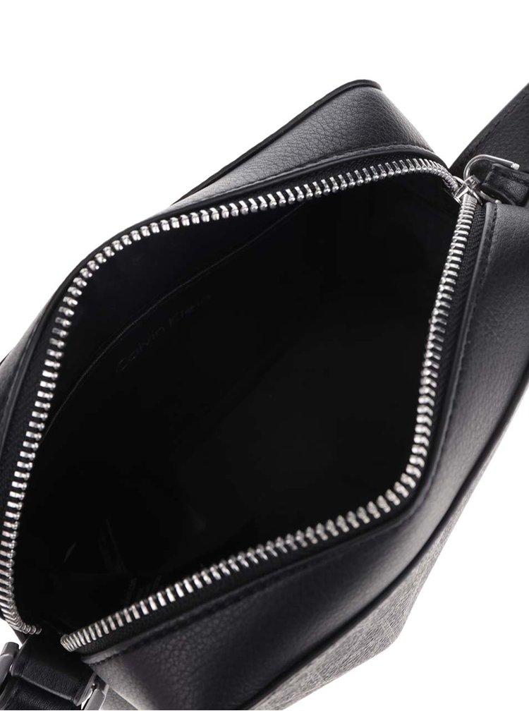 Černá vzorovaná crossbody kabelka Calvin Klein Jeans Tina