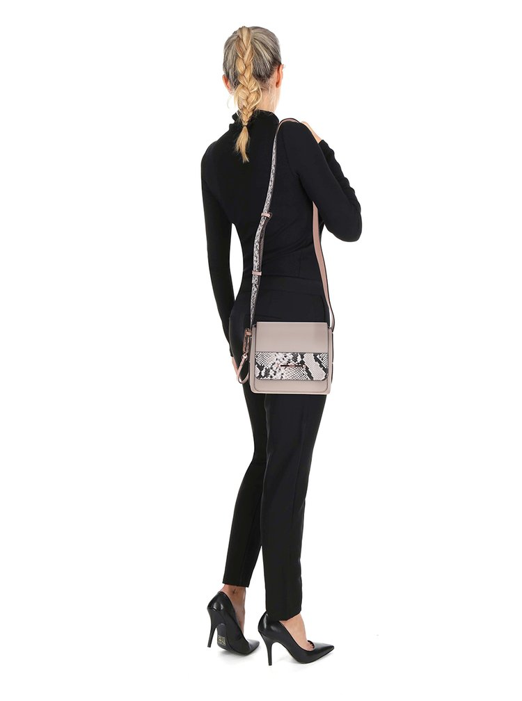 Béžová crossbody kabelka Calvin Klein Jeans Heather