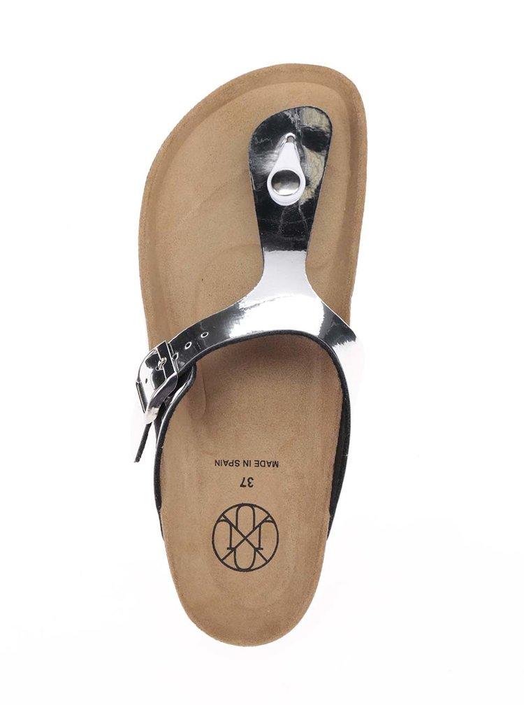 Papuci argintii OJJU cu accesoriu metalic
