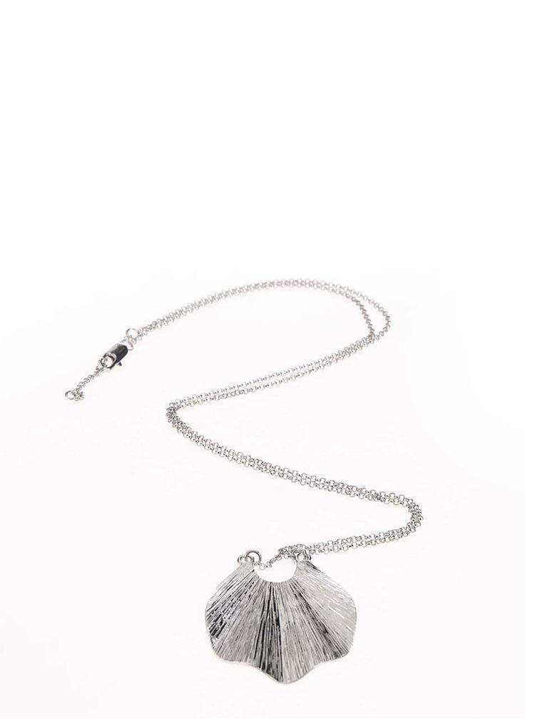 Colier argintiu Pieces Emmi cu pandantiv în formă de scoică