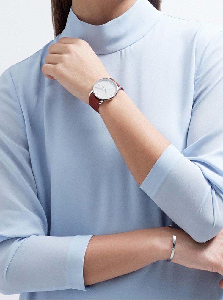 Unisex hodinky ve stříbrné barvě s hnědým koženým páskem TRIWA Mist Klinga