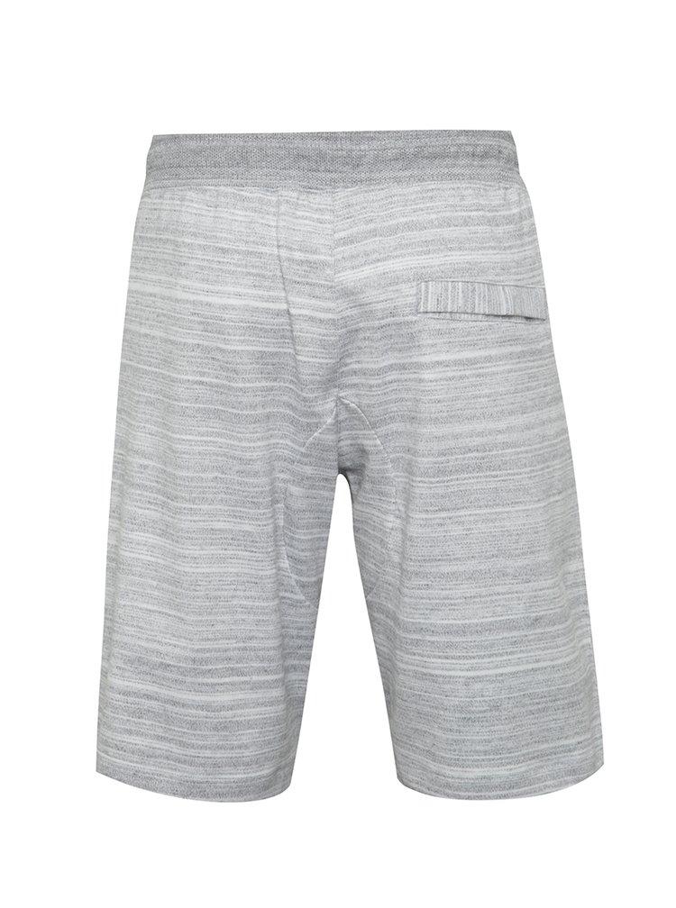 Pantaloni sport scurti gri deschis Nike Sportwear Advance 15 pentru barbati