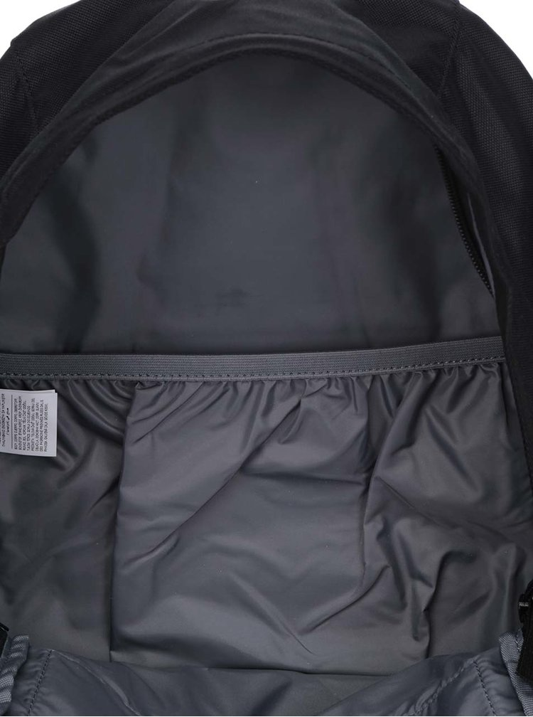 Černý pánský batoh Nike Soleday