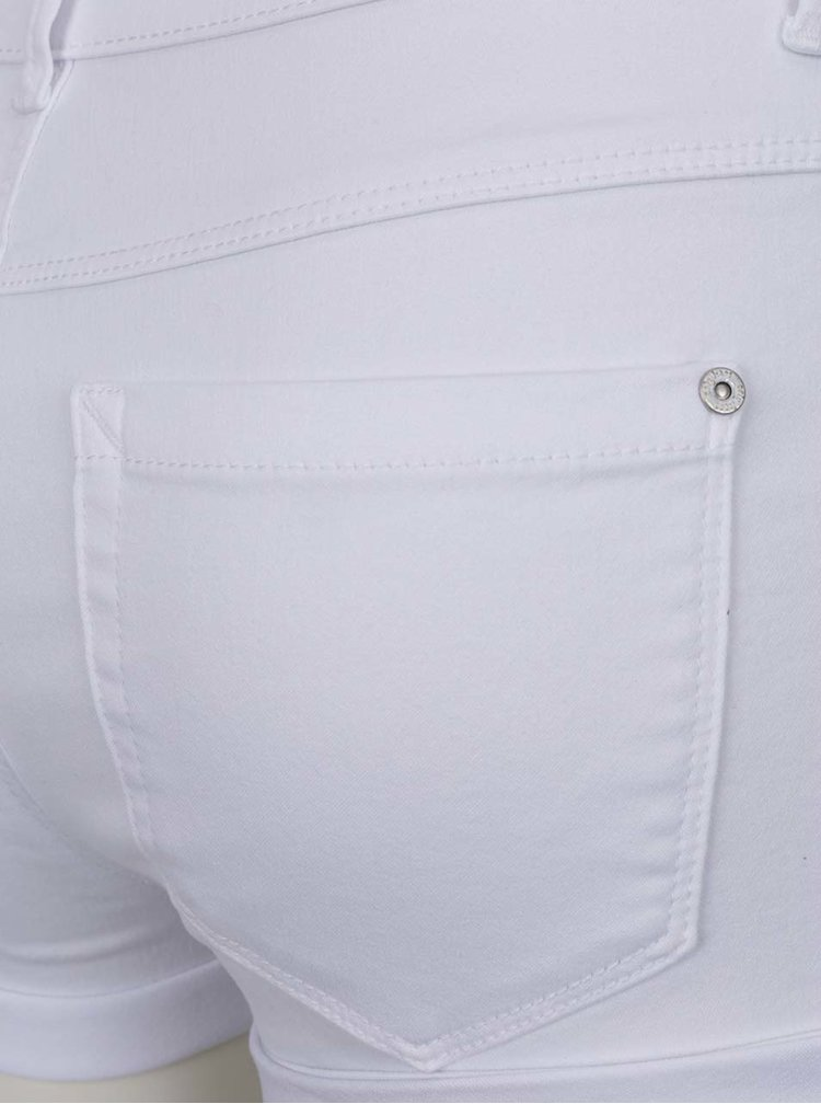 Pantaloni scurți albi ONLY Royal cu terminații îndoite