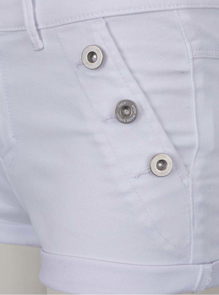Bílé džínové kraťasy s knoflíky ONLY Royal
