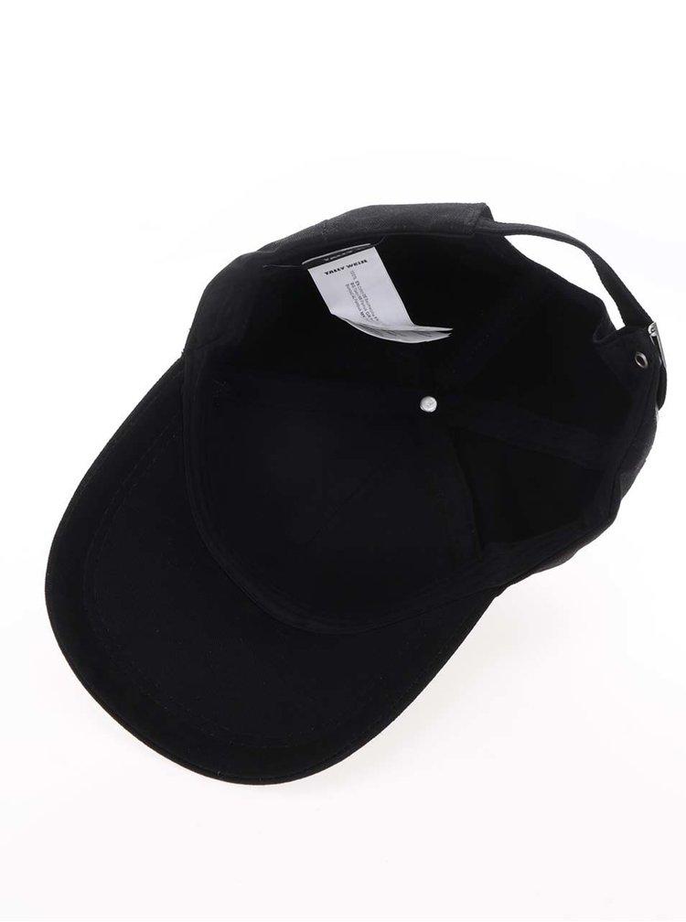 Černá kšiltovka s výšivkou jednorožce TALLY WEiJL