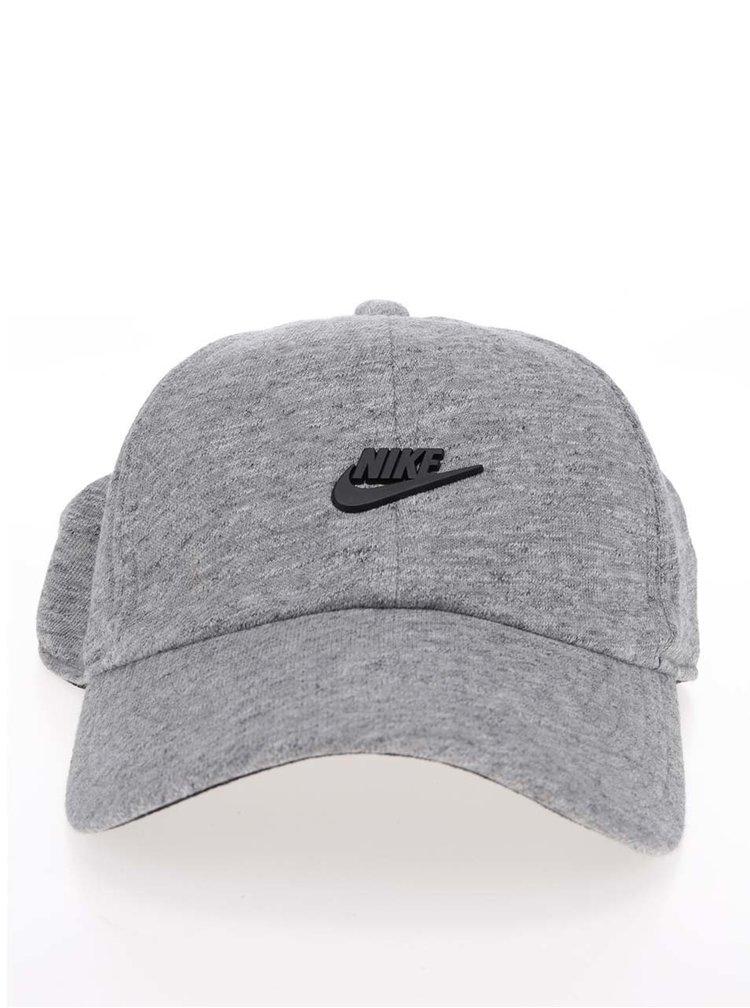 Šedá žíhaná pánská kšiltovka Nike