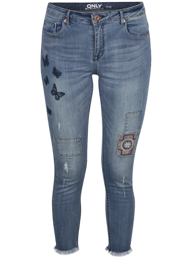 Modré zkrácené džíny s výšivkami a záplatami ONLY Carmen