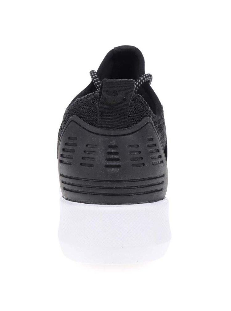 Černé tenisky Tamaris