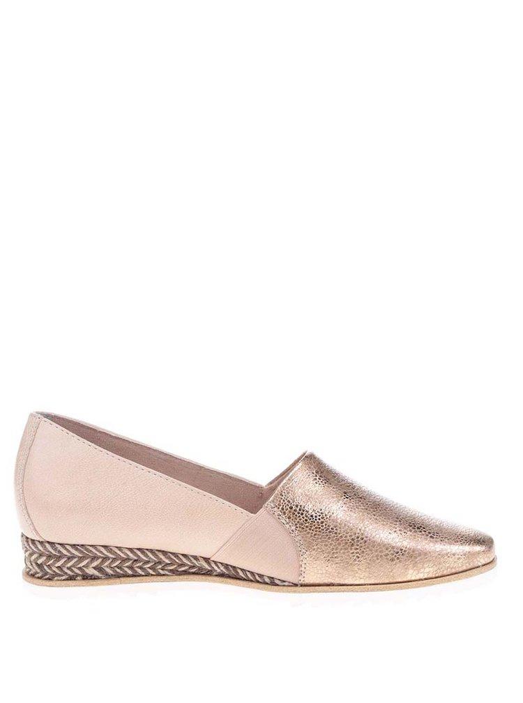 Kožené loafers na klínku v růžovozlaté barvě Tamaris