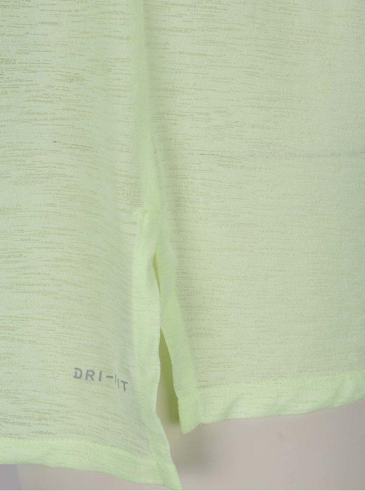 Světle zelené dámské funkční tričko s krátkým rukávem Nike
