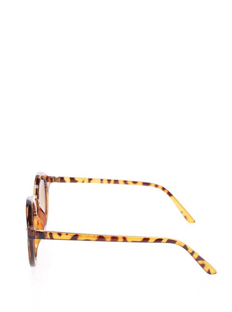 Hnědé sluneční brýle Pieces Kesha