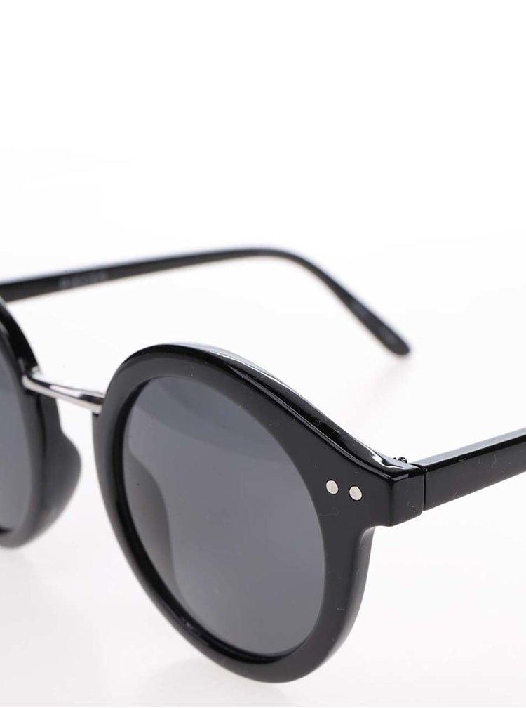Černé sluneční brýle Pieces Kesha