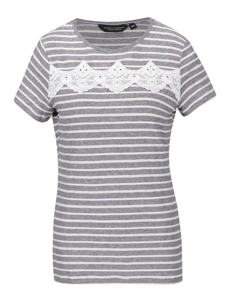 Šedé pruhované tričko s krajkovým detailem Dorothy Perkins