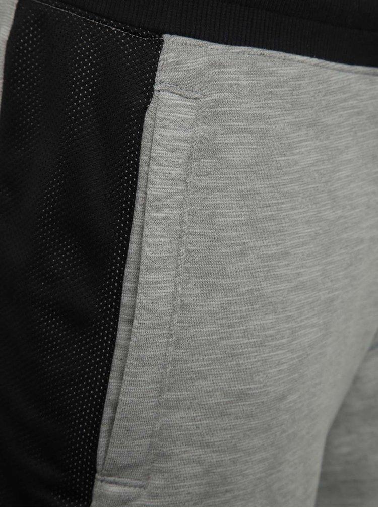 Černo-šedé pánské funkční kraťasy Under Armour Sportstyle Graphic